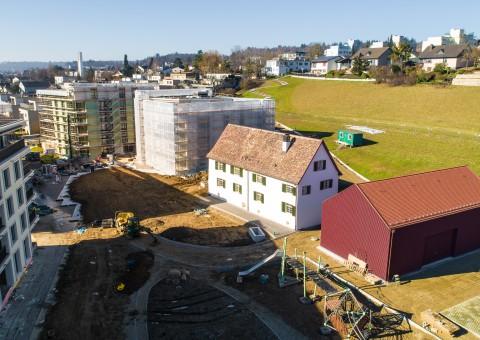 """Aktuelle Impressionen der Wohnüberbauung """"Gloggeguet"""" Schaffhausen. Bezug ab April 2021"""